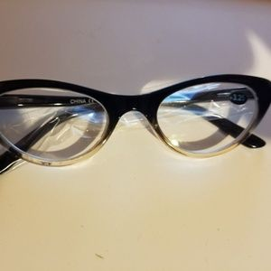 Cat Eyes Brown Tinted Reading Glasses Size +3.25